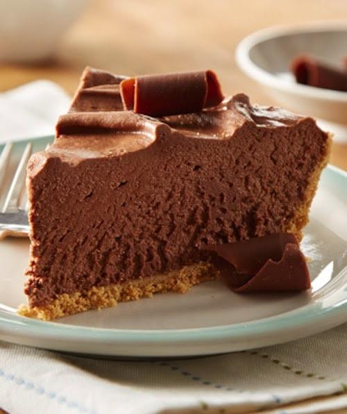 8-Minute No-Bake Chocolate Cheesecake