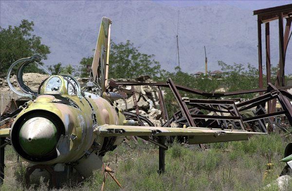 Mig-21 abandonado no Afeganistão