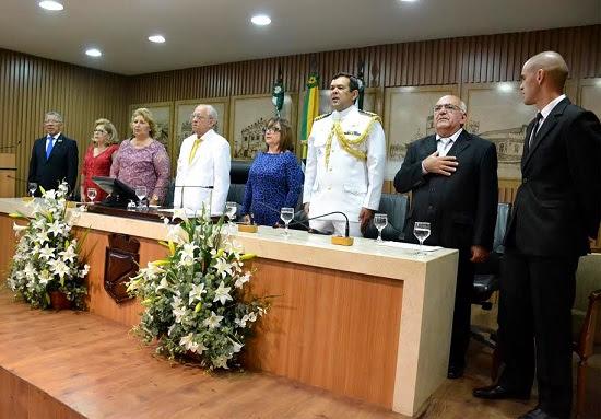 Câmara de Natal entrega títulos de cidadania a personalidades
