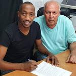 מנשה זלקה חתם ל-3 שנים נוספות בחדרה - mako
