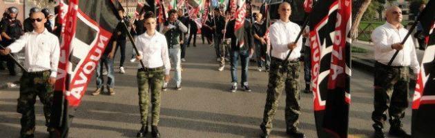 """Forza Nuova in Emilia Romagna scalza la Lega: """"Fuori Rom, banchieri e immigrati"""""""
