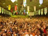 Cantor gospel denuncia drogas, prostituição e bebidas entre pastores e organizadores do Congresso Gideões da Última Hora; Assista
