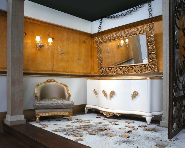 wandspiegel im barock – stil ausdrucksstarke dekoration