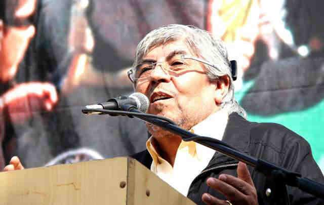 Moyano amenazó con marchar a Plaza de Mayo si no responden a sus reclamos