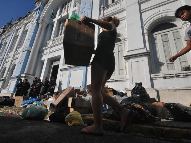 Lixo prefeitura de Natal (Foto: MAGNUS NASCIMENTO/TRIBUNA DO NORTE/ESTADÃO CONTEÚDO)
