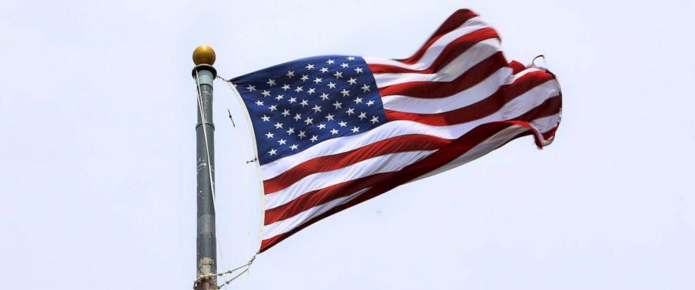 americanflag-gty-jrl-170927_12x5_992.jpg