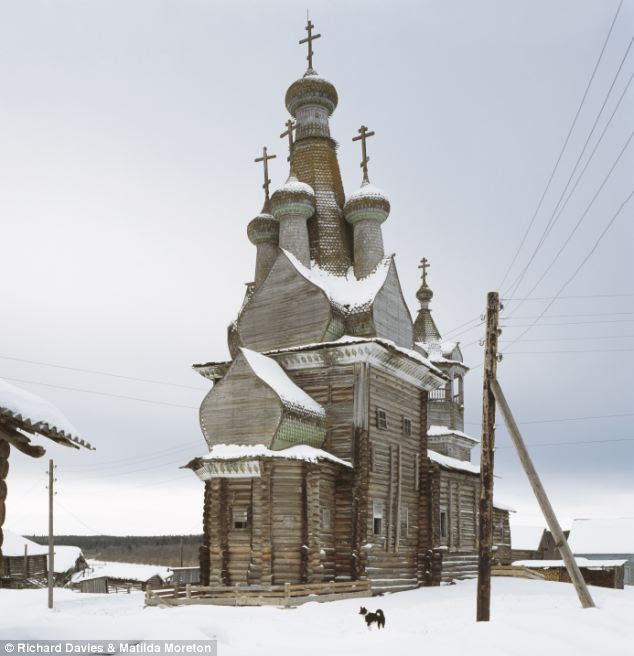 The churches were constructed from the time of Prince Vladimir, who, on his conversion to Christianity in 988, commanded they should be built