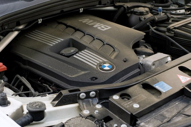 2011 BMW X3 xDrive28i engine