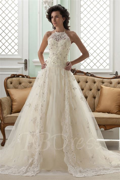 Lace wedding dress   All that you want to know