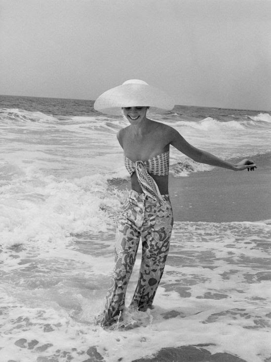 See Vintage Slim Aarons Photos of Lilly Pulitzer and Her Preppy Muses - The Cut