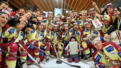 photo Genegraveve-ServetteHCSpenglerCup2013.png