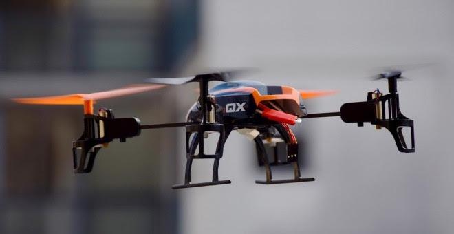 Todo lo que debes saber para poder volar un dron en España.