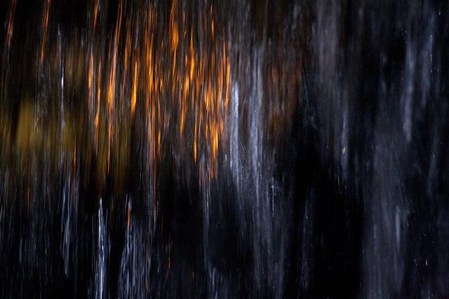 night, keller fountain