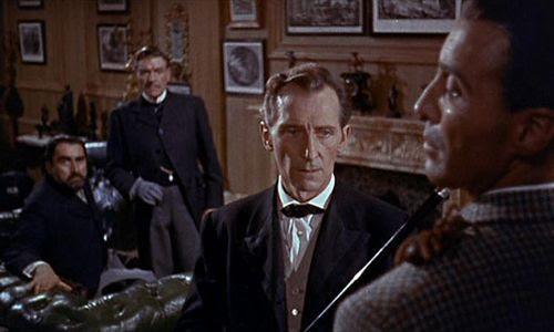 Fotograma de la pelicula protagonizada en el año 1959 por Peter Cushing