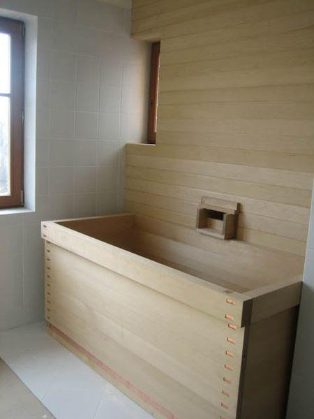 Hewn and Hammered: ofuro: Japanese soaking tubs