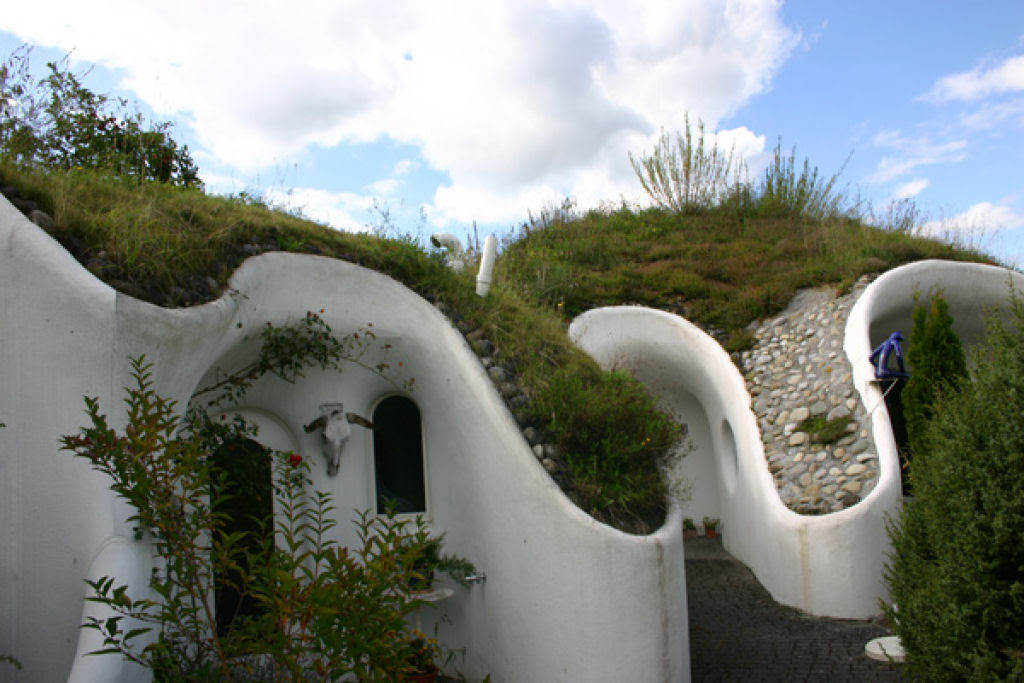 Casa oásis oculta sobre a terra na Suíça 14