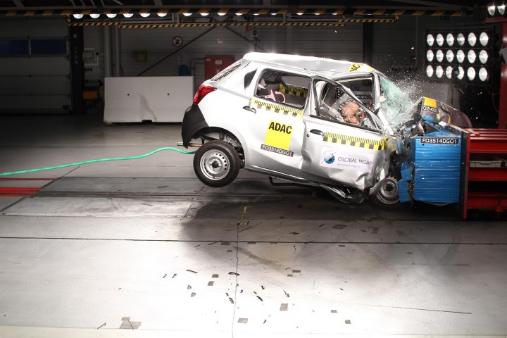 WHO urges governments to require minimum vehicle safety standards