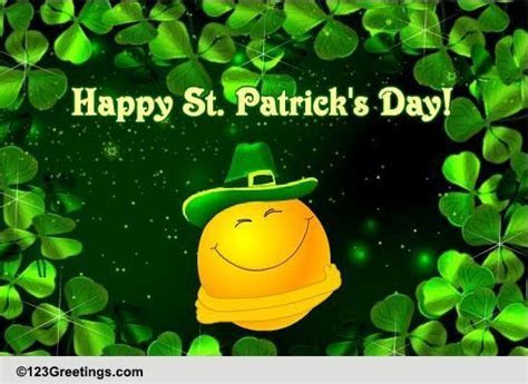 Smiley Hugs For St. Patrick's Day! Free Happy St. Patrick