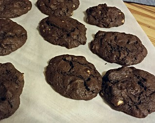Chocoholic Cookies for #EatMyBlog bake sale