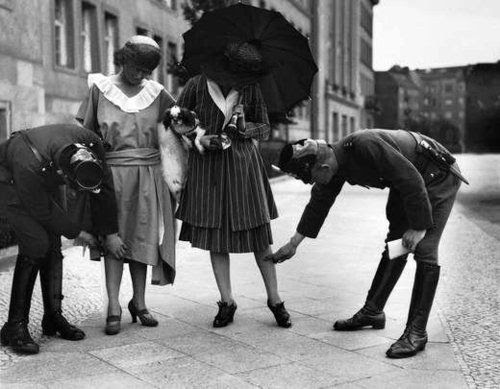 Police checking the length of skirts in Berlin 1920's