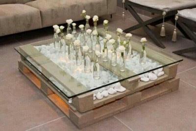 Super cool table faite avec seulement 2 palettes