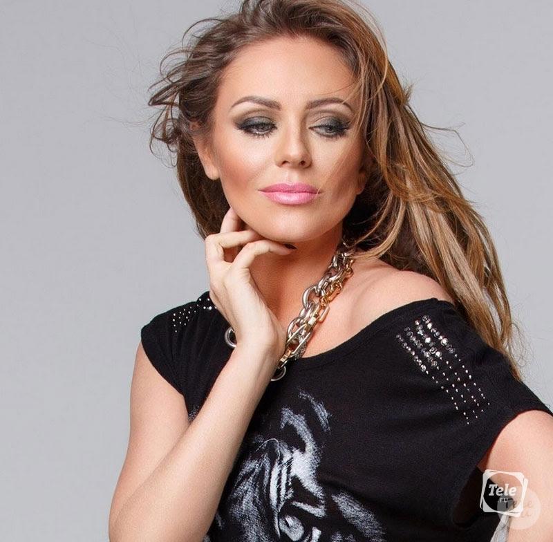 Юлия Савичева разместила селфи без макияжа