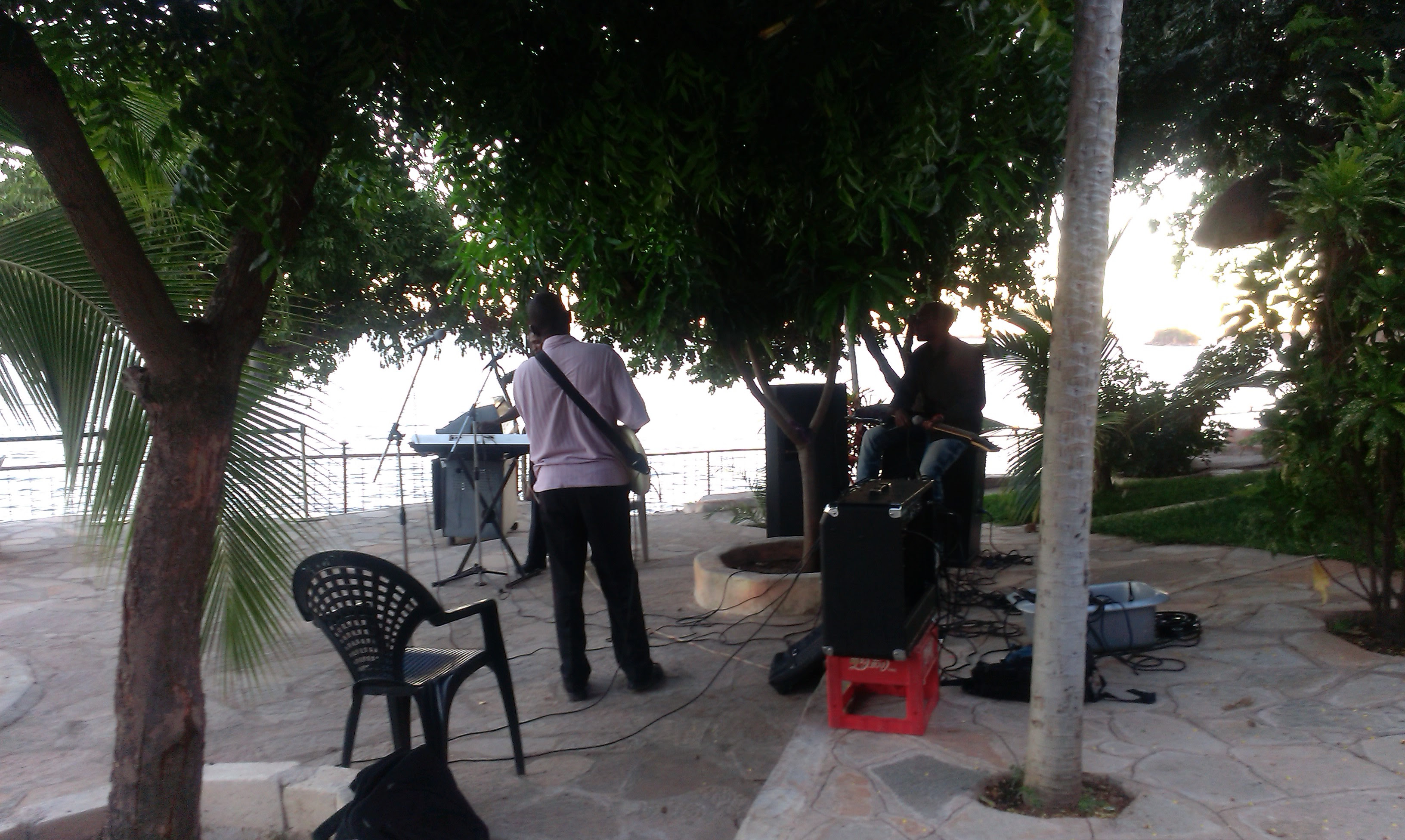 Sick band at fresh view homes..so good!!
