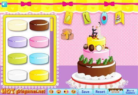 Decorating a wedding cake game