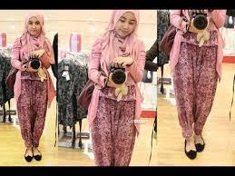 Iinspirasi Busana Style Hijab Trendy bercelana ala Siti Juwariyah ...