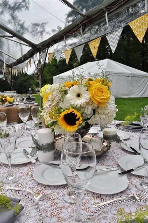 Golden Sunflower Wedding at Freeman's Farm, Galena Ohio