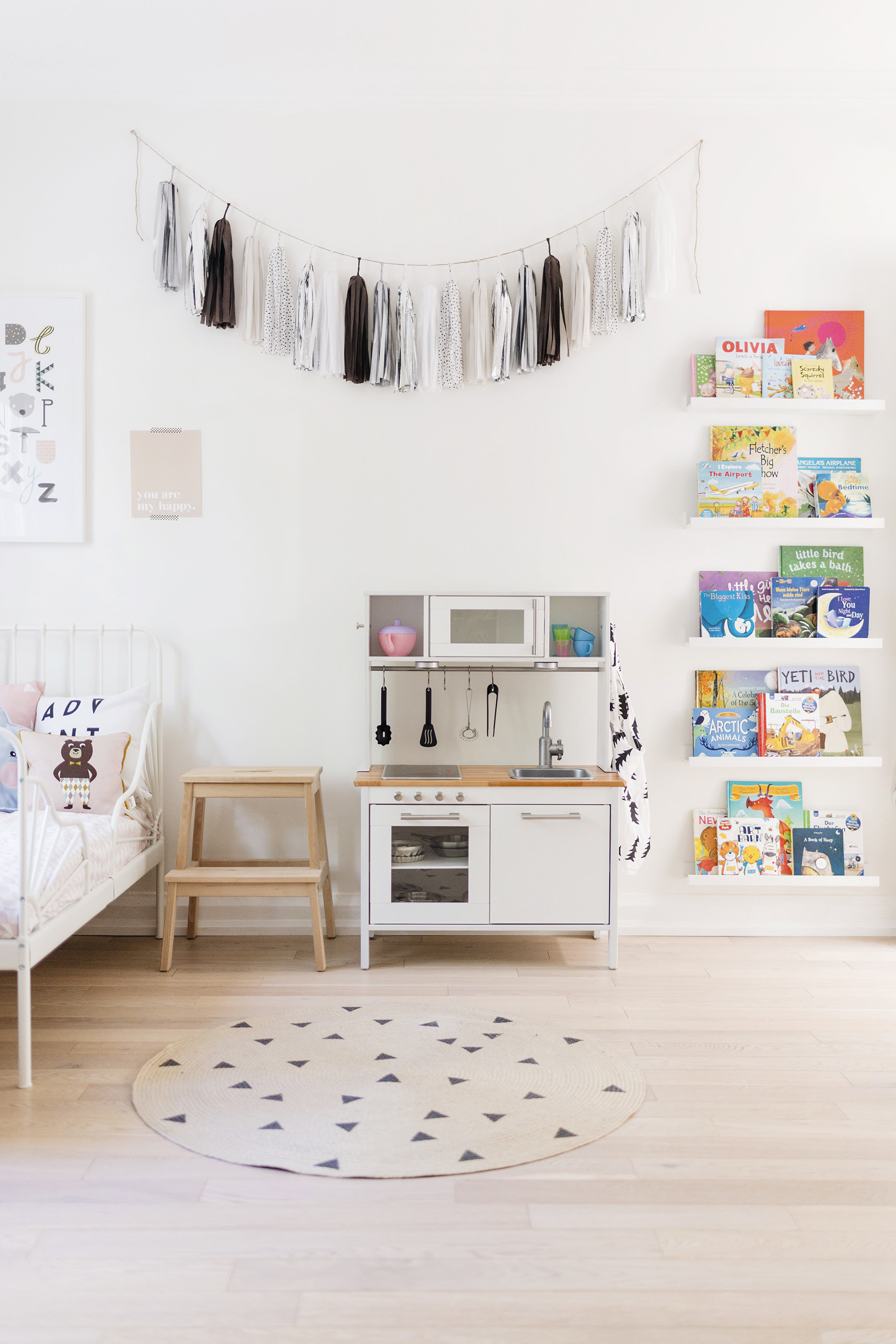 ikea play kitchen hack 01