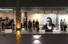PhotoFunia - Derek retail