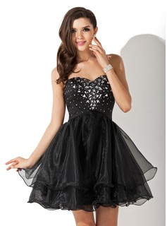 A-Line/Princess Sweetheart Short/Mini Organza Satin Homecoming Dress With Beading