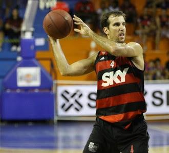 Marcelinho, flamengo x macaé (Foto: Raphael Bózeo / Macaé Basquete)