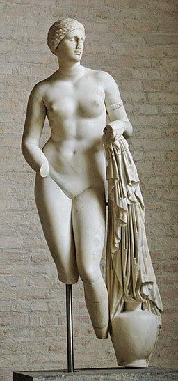 Aphrodite Braschi Glyptothek Munich 258