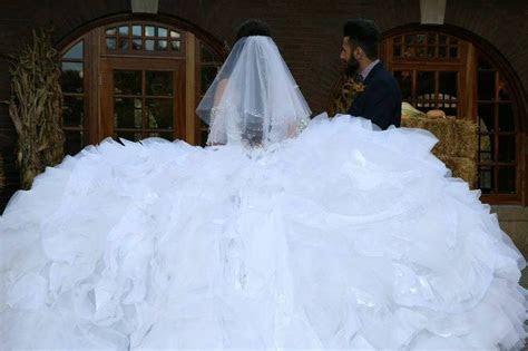 Sondra Celli 'Custom' size 10 used wedding dress   Nearly