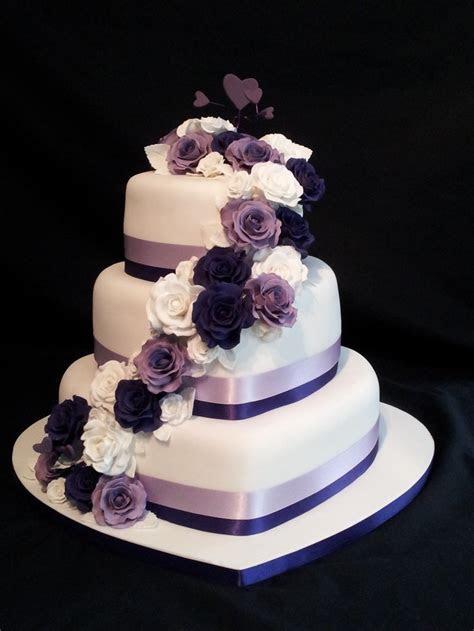 Heart Shaped Wedding Cakes   Wedding and Bridal Inspiration
