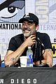 walking dead cast pays tribute to late stuntman at comic con 04