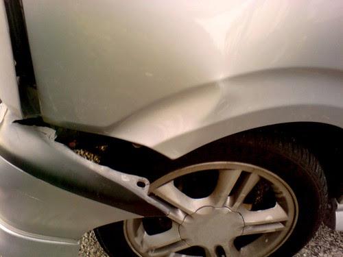 Car   accident - Kenari