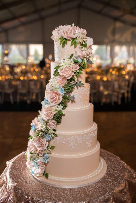 Custom Cake Spotlight: Cascading Sugar Floral Wedding Cake