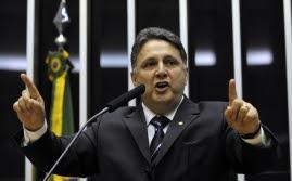 Deputado federal Anthony Garotinho (PR-RJ) é acusado de ligações com empresa de dono fantasma (Crédito: Agência Brasil)