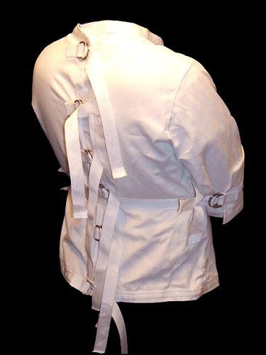 white-6-d-straight-jacket