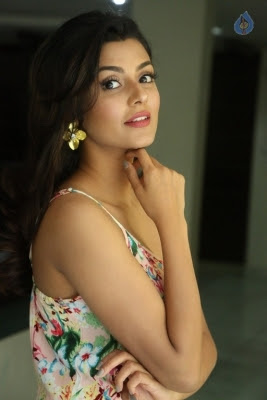 Anisha Ambrose Latest Photos - 4 of 21