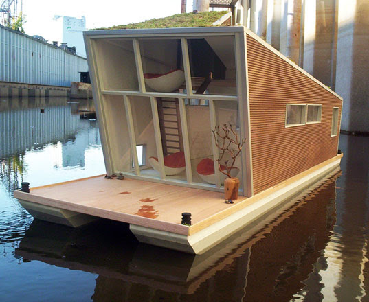 schwimmhaus, boat house, sustainable house boat, green roof house boat