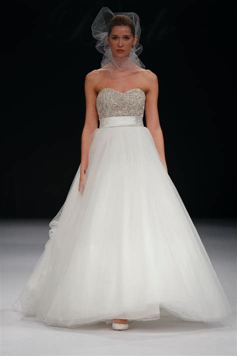 Kleinfeld Wedding Dresses Store for More Ease for You to