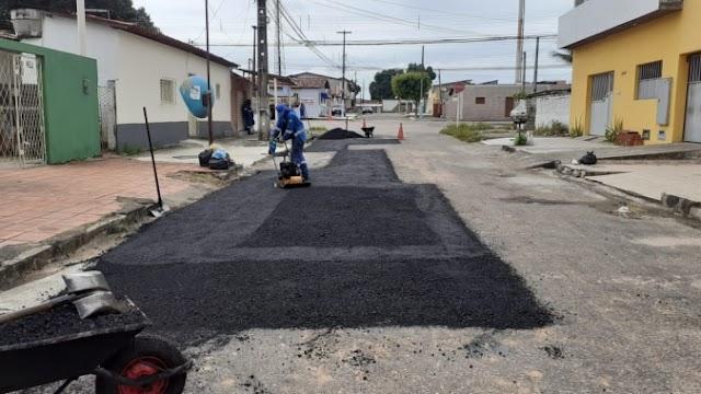 Prefeitura com obras em ruas dos bairros de Natal; Planalto continua entregue a própria sorte