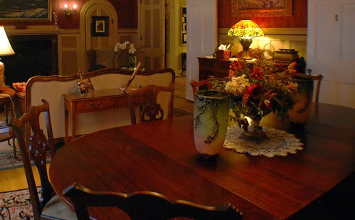"""""""Centennial Chippendale"""" Dining Room Table & Chairs"""