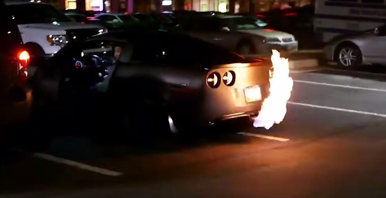 Chevy Corvette Zr1 Shoots Flames Corvetteforum