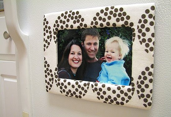 DIY: Cardboard and Fabric Magnetic Photo Frame | POPSUGAR Home