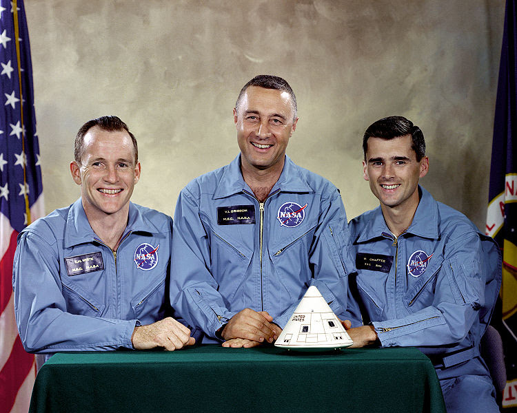 File:Apollo 1 Prime Crew - GPN-2000-001159.jpg